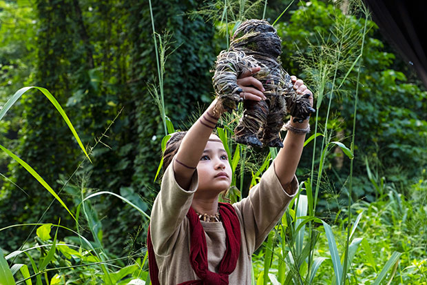 Young Deaf Actress Stars in 'Godzilla vs. Kong'